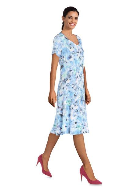Blauw kleed met bloemen