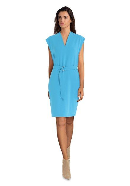 Blauw kleed met V-hals en riem