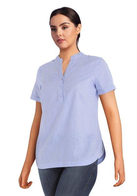 Blauw-wit gestreepte katoenen blouse