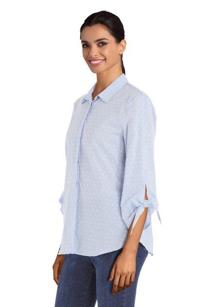 Blauwe blouse met witte reliëfstipjes