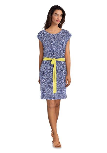 Blauwe jurk met witte stipjes en geel lint