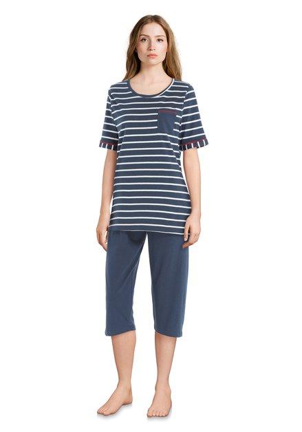 Blauwe pyjama met gestreepte top