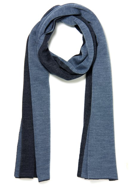 Blauwe sjaal met een navy biesje