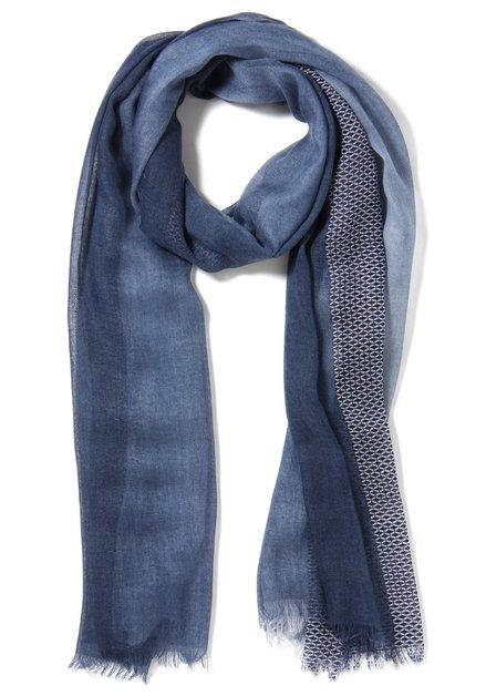 Blauwe sjaal met kleurverloop