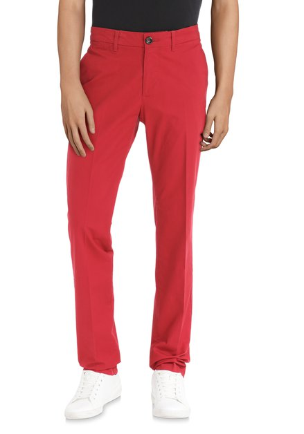 Chino rouge en coton stretch