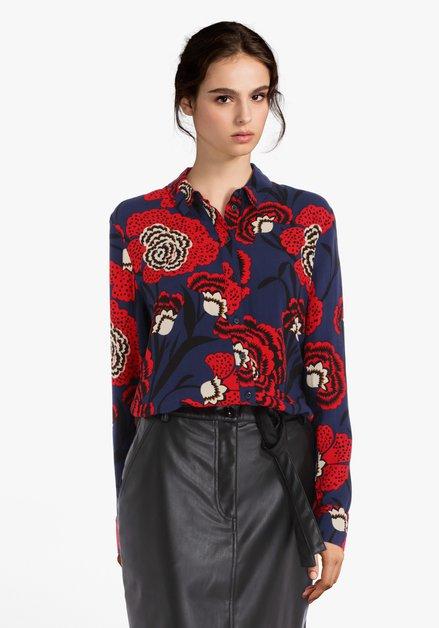 Donkerblauwe blouse met rode bloemen