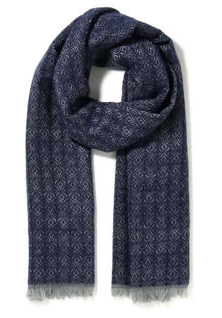 Donkerbllauwe sjaal met ecru motief