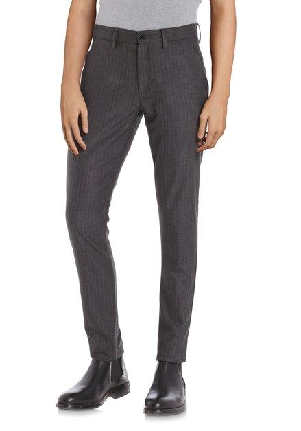 Donkergrijze broek met fijn streepje - slim fit