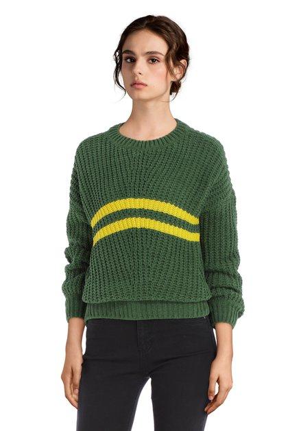 Donkergroene trui met gele strepen