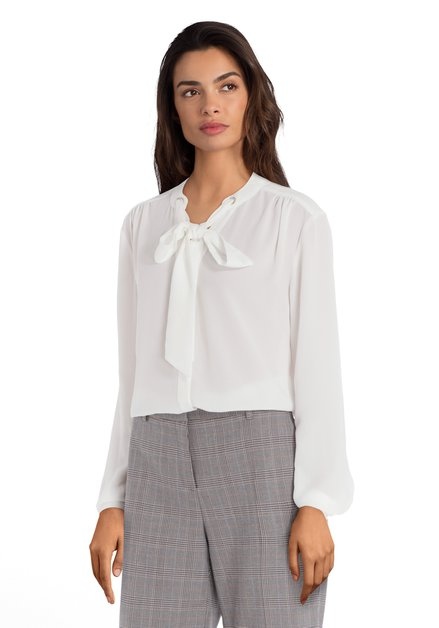 Ecru blouse met jabotstrik