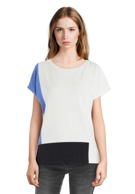 Ecru T-shirt met blauwe banden