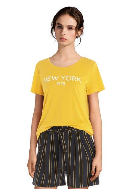 "Geel T-shirt met witte tekst ""NEW YORK"""