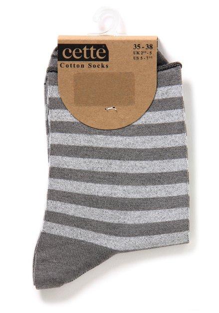 Grijs gestreepte sokken