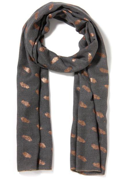 Grijze sjaal met bronskleurige veren