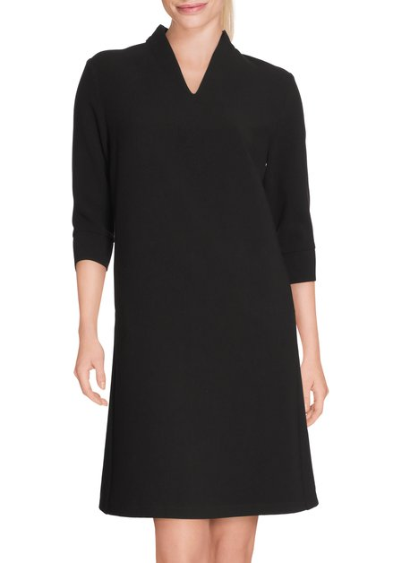 Klassiek zwart kleed
