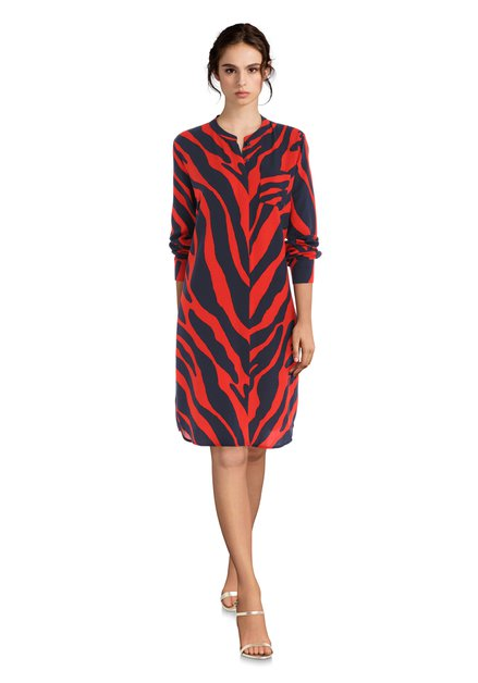 Kleed met rood en donkerblauwe zebraprint