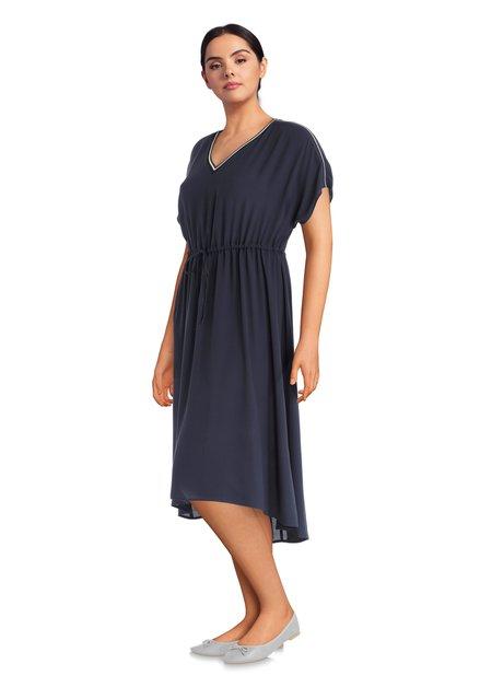 Lang donkerblauw kleed met korte mouwen