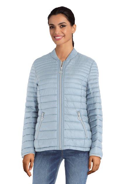 Lichtblauwe gematelasseerde jas