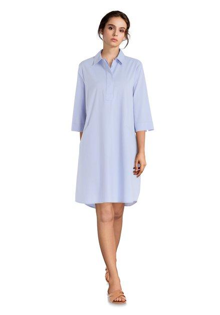 79dd12da3e86e9 Lichtblauwe jurk met decoratieve naden