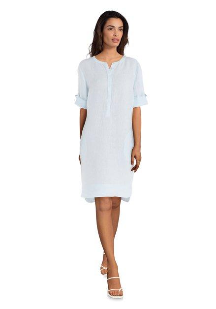Lichtblauwe linnen jurk