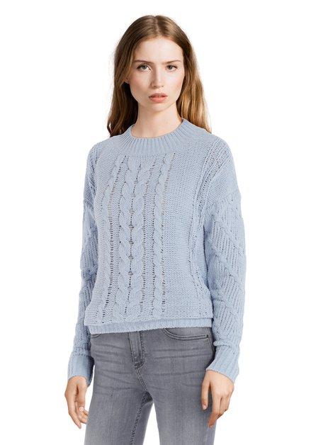 Lichtblauwe trui met kabelmotief