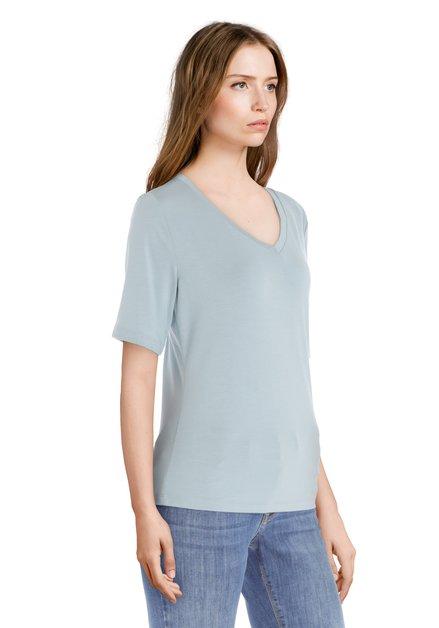 Lichtgroen T-shirt met v-hals in modal