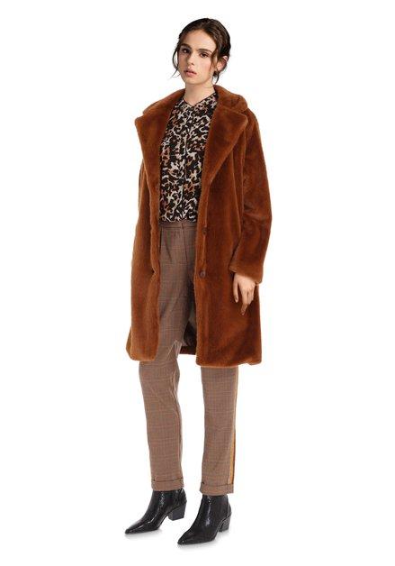 Manteau brun en fausse fourrure