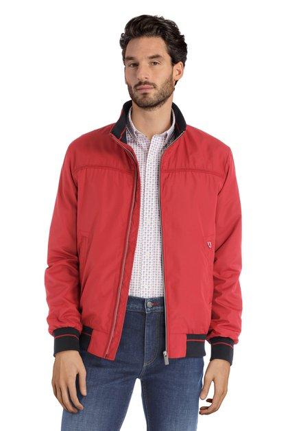 Manteau imperméable rouge