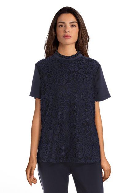 Navy T-shirt met kant en zijdelook