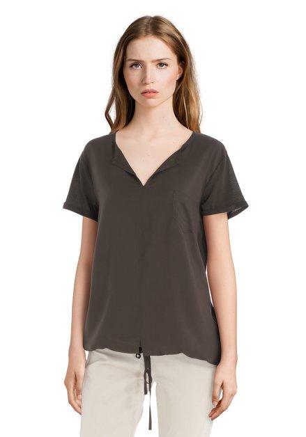 Olijfgroen T-shirt met borstzakje
