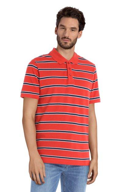 Polo rouge à rayures bleues et manches courtes