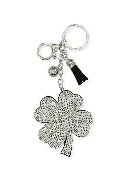Porte-clés argenté avec un trèfle