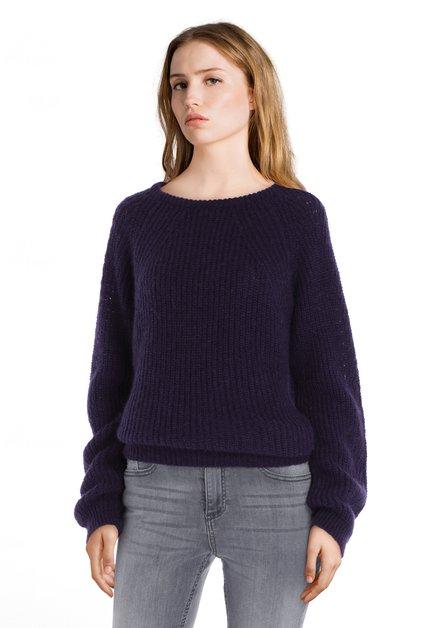 Pull en tricot mauve foncé avec mohair