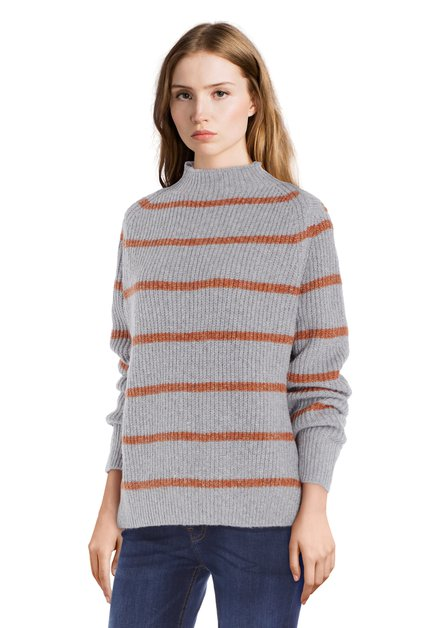 Pull gris à rayures orange