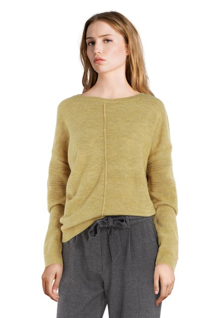 Pull jaune moutarde avec couture