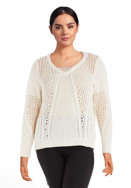Pull tricoté écru à col en V