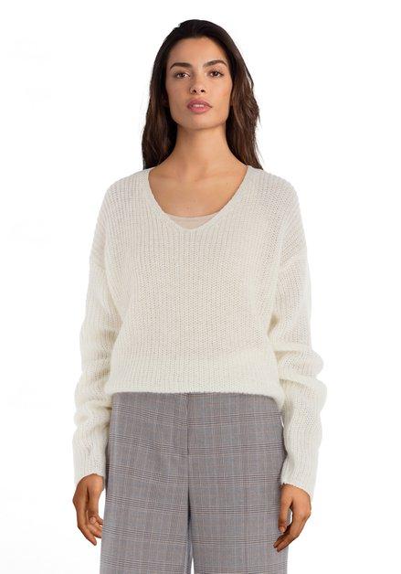 Pull tricoté écru avec laine et mohair