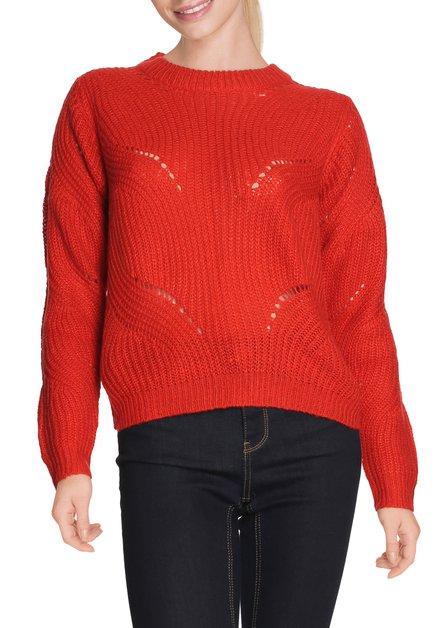 Pull tricoté rouge à encolure ronde