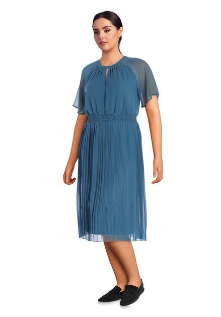Robe bleu acier avec tissu plissé