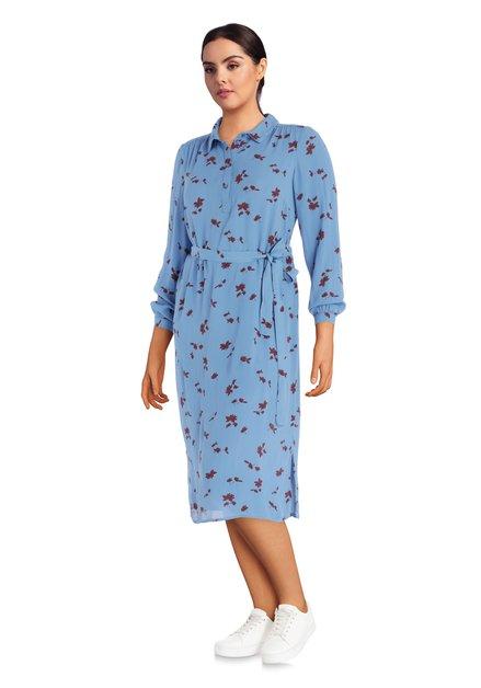 Robe bleue avec des fleurs bordeaux