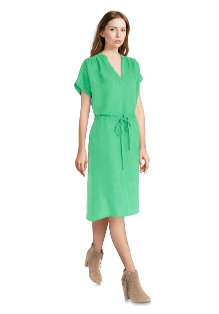 Robe verte à imprimé subtil