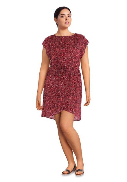 Rood kleed met stippen en elastische taille