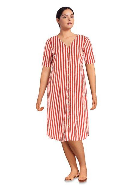 Rood-wit gestreepte jurk