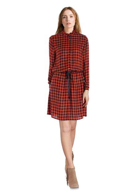 Rood-zwart geruit kleed met striklint
