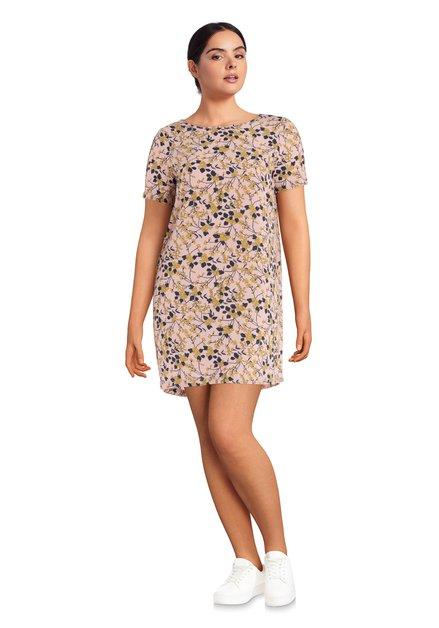 Roze jurk met blauw-gele bloemenmotief