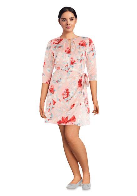 Roze jurk met bloemenprint