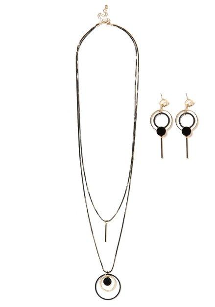 Set: goudkleurige ketting en oorbellen