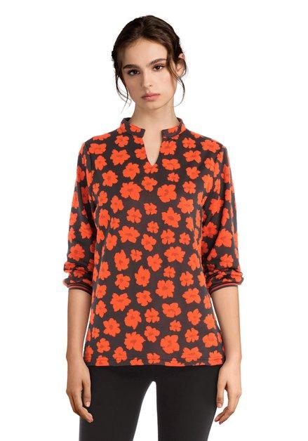 T-shirt gris foncé à manches 3/4 et fleurs oranges