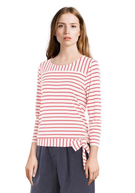 T-shirt met rode strepen en strik
