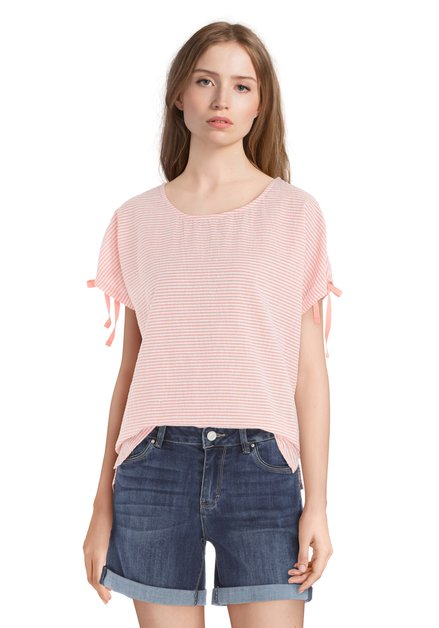 T-shirt rose en coton avec texture
